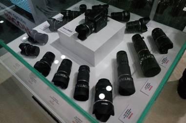 专注高性能产品 理光相机双雄优势互补