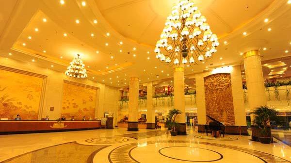 360°環繞視圖 酒店大廳接待處監控應用