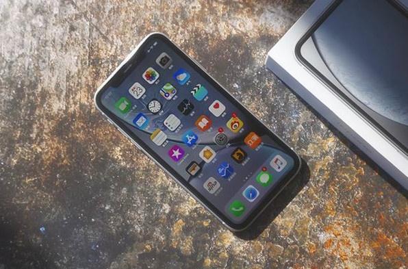 iPhoneXR销量猛涨,华为又该慌了!