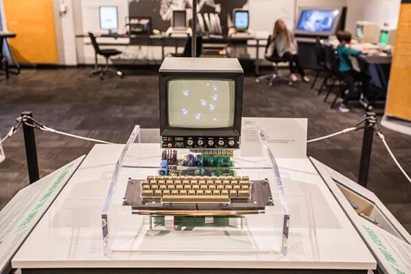 再活60年 苹果到2075年仍屹立不倒