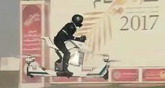 土豪的迪拜警方又搞来新家伙 飞行摩托醒目
