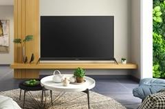 你以为OLED发展很慢?其实秒液晶电视八条街