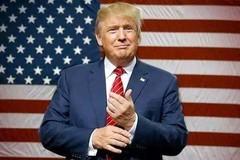 特朗普再喷朝鲜 特普朗大会上怼朝鲜