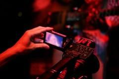 夜景没拍糊 起码有手机摄像头防抖技术一半功劳