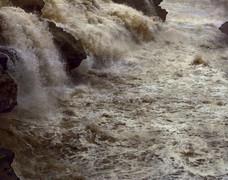 黄河变清调查 每年泥沙减少7亿吨 水变清是好事吗