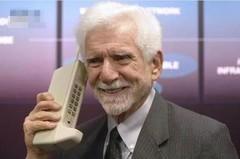最先配指纹的竟是它 这些手机都是史上第一