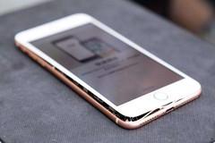 iPhone8充电爆裂 苹果官方回应:正在调查已更换新机