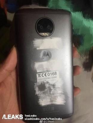 Moto X(2017)真机再曝光:后置双镜头