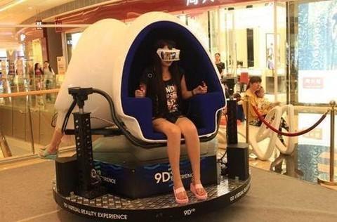 中国游戏市场井喷 VR游戏体验多 转化难