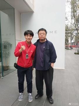 罕见!罗永浩现身小米之家深圳旗舰店