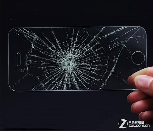 汽车挡风玻璃一样,具有超强的硬度,并且在猛烈撞击之后会碎裂成很小很