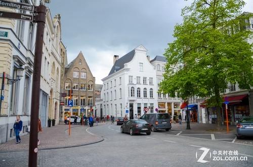复古欧式小城街道