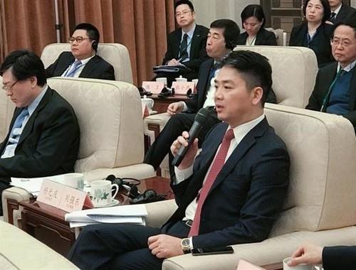 刘强东:大力扶持美国中小企业