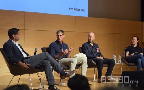 NYC媒体实验室面向学生开放展示VR内容