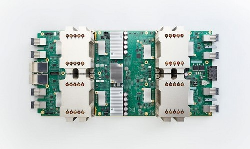 谷歌正式发布第二代TPU:比传统CPU快30倍!