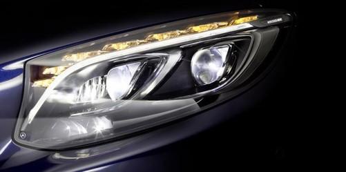 84照明单元 奔驰推出智能led汽车大灯