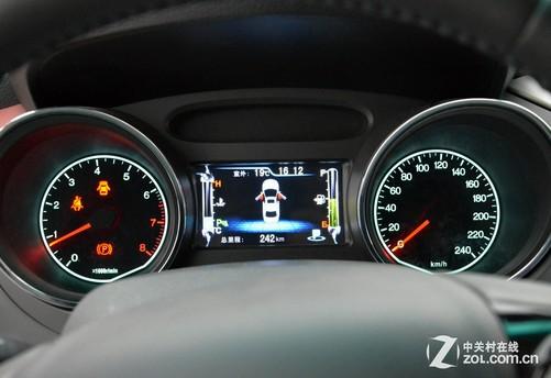 汽车科技 正文  比亚迪g5的仪表盘设计要更加时尚一些,对于每天面对