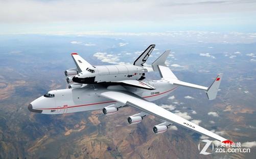 英国宇航公司BAC111本是一架极普通的民航机,但它稳定的飞行性能和足够大的机内空间非常适合作为各种航空电子设备的试验平台。诺斯罗普-格鲁曼公司正是看中了这一点,于2001年将其改装成了电子试验机(机身编号N161NG)。简单的说,就是拿不同的电子试验装置安装在飞机的鼻子上试来试去。格鲁曼公司还改了另两架BAC111-401AK作为雷达电子系统的测试平台,造型同样怪异,编号分别为N162W和N164W。