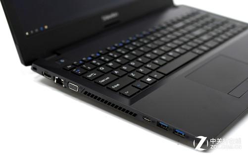这款15.6英寸笔记本竟然配了桌面处理器?