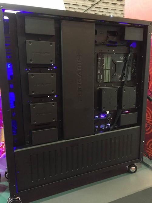 硬盘安装位 游戏悍将|forgame荣耀10机箱作为一款不