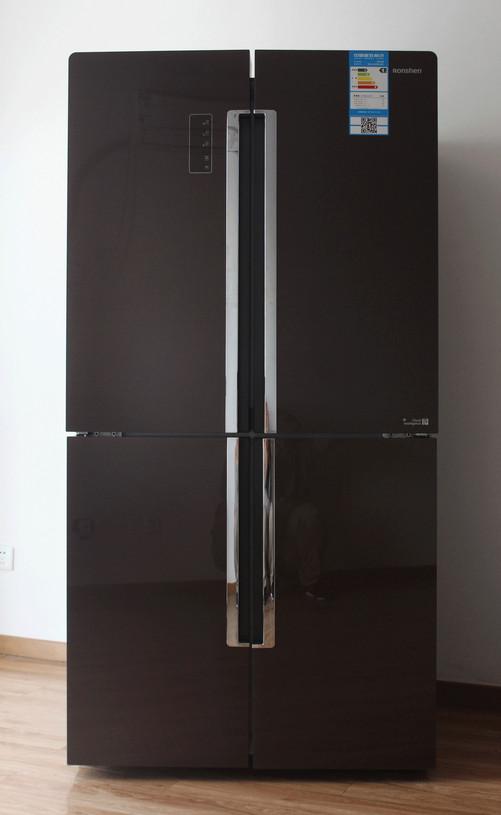 亮眼外观移动互联 容声冰箱你的生活管家