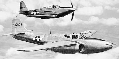科技史上8月27日世界上第一架喷气式飞机上天