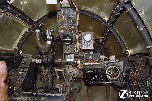飞机,并希望借用cad设计和3d打印技术将其驾驶舱完全