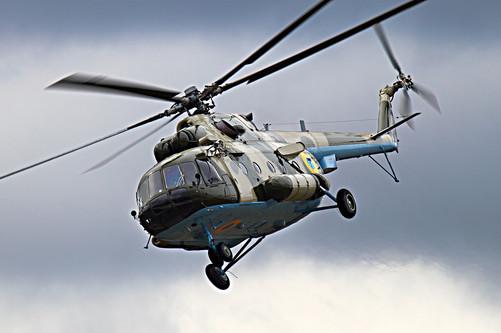 """""""7950卖500就行,送直升机螺旋桨""""千钧一发之际,萌萌终于赶到,在我们"""