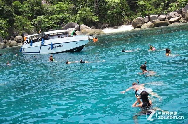 体验海岛浪漫潜水魅力