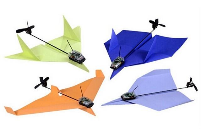 飞�_不用哈气 遥控纸飞机也可以飞很远!