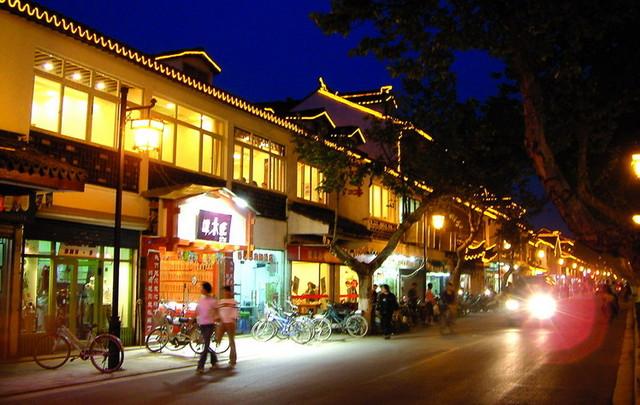 古城风格凸显 苏州宫灯升级高效LED照明