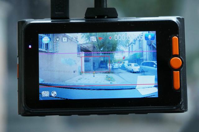 安霸A7 2K 1296P卡仕特MX5记录仪安装实测