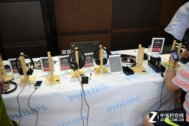 Z·HiFi新品 飞利浦Lightning接口耳机