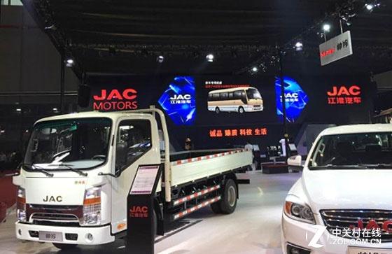 大屏展示还看LED 上海车展展商的选择