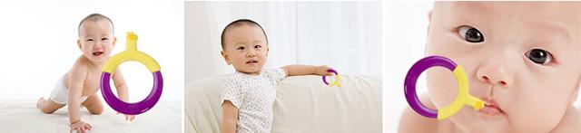 环形婴儿牙刷 NO.1 日本:环形婴儿牙刷 购物点:日本乐天市场 适合年龄:6个月-3岁 普通的牙刷都是长条形的,即使是儿童牙刷也多只是在手柄上做成了卡通造型,但这一看牙刷的手柄却是圆形的。据说这样的设计是处于安全性考虑,圆形的握手更便于宝宝握紧,而且刷头比较短,这样的长度限制更有效避免伤及宝宝的喉咙。