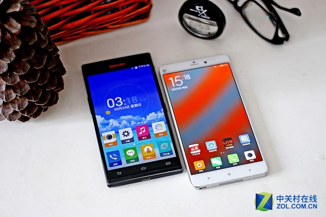 尖Phone对决:飞利浦I999鏖战小米Note