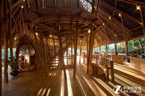 让我们一起来听听巴厘岛竹房子的故事