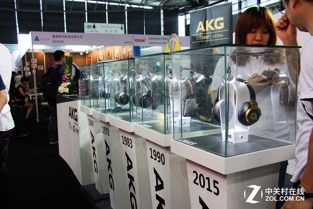 CES ASIA消费电子展 AKG新老耳机汇聚