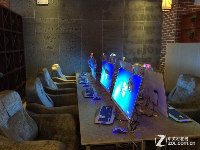 广视角网咖巨幕 HKC超大32吋显示器评测