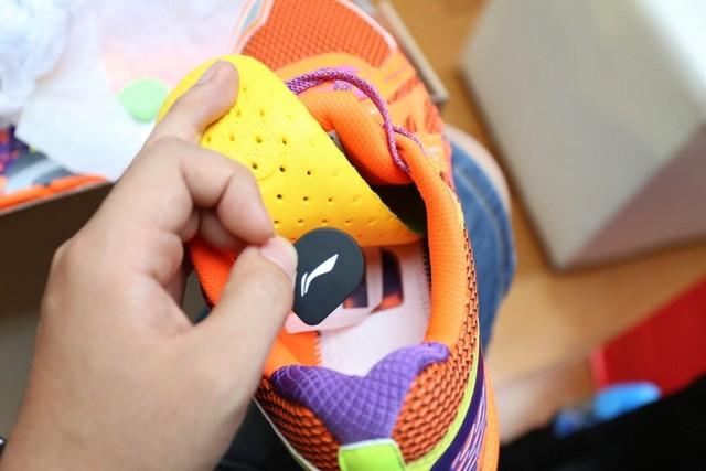 小米加李宁 智能穿戴设备之智能运动鞋