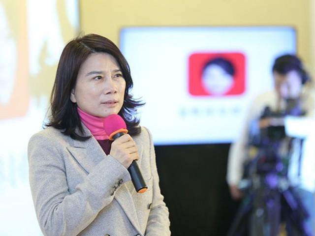 深圳IT网报道:董明珠谈儿子:没人知道我是他妈