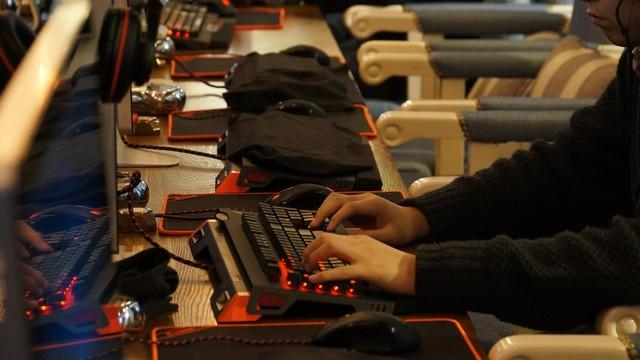 电竞会所_异极助力星园网络会所打造职业电竞网咖IT16