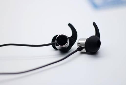 深圳IT网报道:2019年蓝牙耳机哪款好?音质超强四大耳机