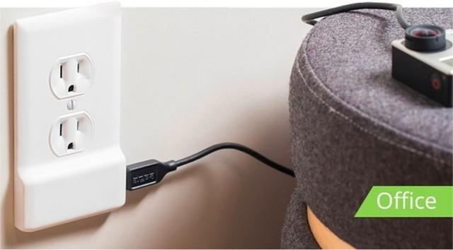 SnapPower可以替换墙上的传统电源插座,即插即用,可以提供1个USB充电接口,为智能手机,平板电脑等移动设备进行充电,而无需改造墙上电源插座布线,或者使用笨拙的接线板。SnapPower在侧面提供1个USB充电接口,而不是在正面提供,这样可以让USB充电线更加贴合电源插座周围的墙壁,提供整洁的使用环境。