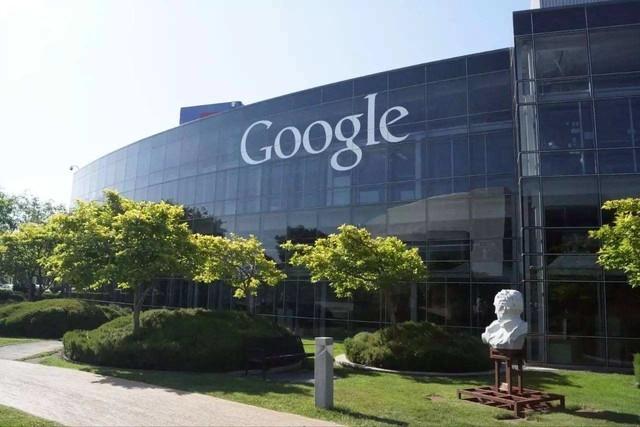深圳IT�W�蟮�:Google�_始在�D片搜索中�y��物�V告
