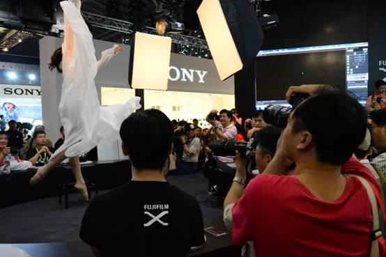 富士胶片全线产品闪耀P&I SHANGHAI 2015