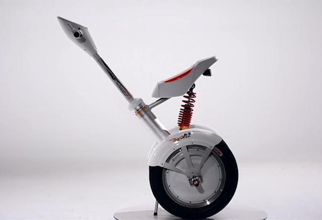 自平衡电动车的创新之作-爱尔威智能车A3