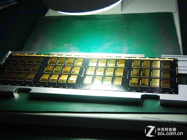 400元!揭秘同容量SSD与U盘为何价差大