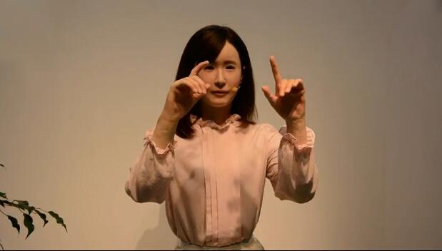 """东芝机器人新""""员工""""会说日文和做手语"""