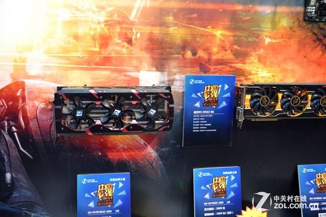 齐聚ZOL展台 最强游戏装备亮相ChinaJoy